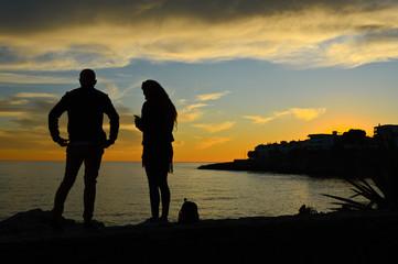 coucher de soleil couple amour soir amour mariage mer