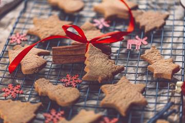Weihnachtkekse (selbst gebacken)