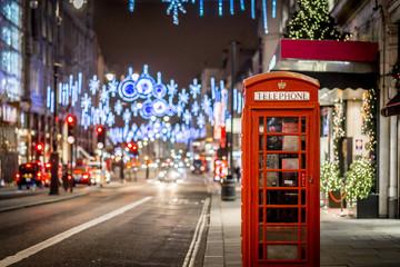 Fotobehang Londen Phone box in London in Christmas time