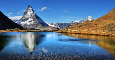 Photo sur Aluminium Reflexion Mt Matterhorn reflected in Riffelsee Lake Zermatt Canton of Valais