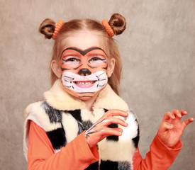"Girls- ""Tiger"" plays like a tiger"