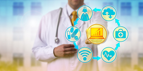 Doctor Combining IT and Healthcare Applications