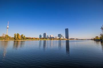 Herbststimmung auf der Donauinsel in Wien