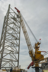 Lifting crane equipment