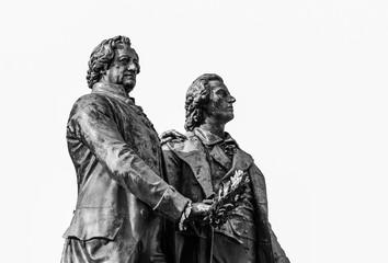 Goethe-Schiller-Denkmal isoliert
