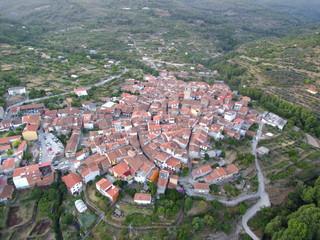 Garganta la Olla es un municipio español de la provincia de Cáceres, Extremadura. Pertenece a la comarca de la Vera y al partido judicial de Plasencia