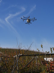 Drohne über Weinberg - Kopter in der Landwirtschaft