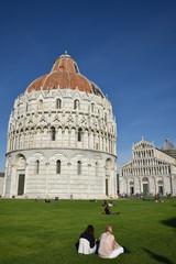 Baptistère et basilique de Pise en toscane, Italie