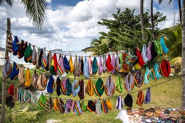échoppe de bonnet rasta sur à Bequia sur une île de Saint-Vincent et les Grenadines