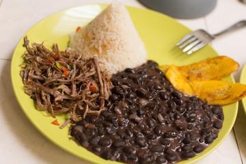 Pabellon, Venezuelan creole food