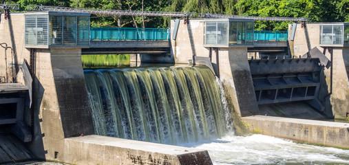 Wehranlage Wasserkraft