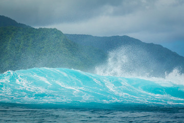 Vague de Teahupoo