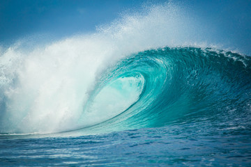 Tuinposter Water Vague de Teahupoo