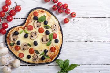Italian pizza heart