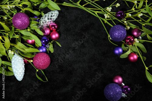Christbaumkugeln Violett.Lila Und Rosa Christbaumkugeln Stock Photo And Royalty Free