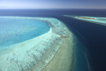 Heron Island with platform reef from above, cords of the coral spawning, Great Barrier Reef Marine Park, UNESCO World Heritage Site, Queensland, Australia