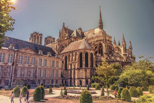 Cathédrale de Reims et Palais de Tau