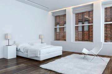 Weißes Bett im hellem Schlafzimmer