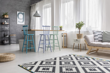 Geometric carpet in living room