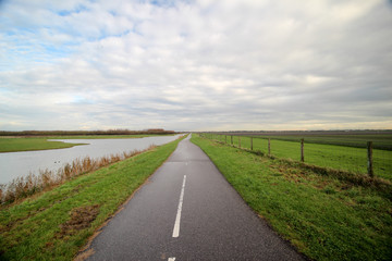 Cycle lane through the Bentwoud recreation area in the Wilde Veenen Polder, Moerkapelle, Netherlands