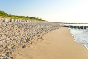 Strand an der Ostsee im Abendlicht