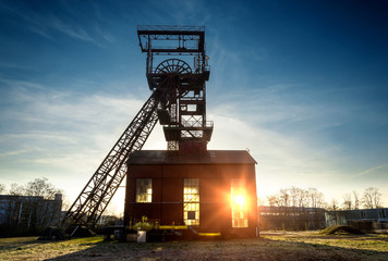 Saarbrücken-Burbach Saarland - Fördergerüst der Grube Alsbachschacht