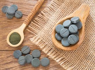 Spirulina powder and pills - Spirulina