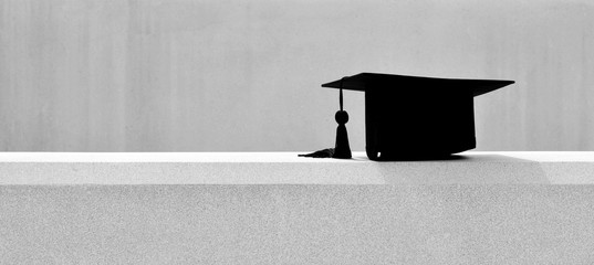 black graduation hat