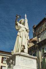 """Brescia - Monumento ai martiri delle X giornate - """"Bella Italia"""""""