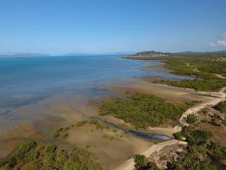 Luftbild mit Inselblick aufs Meer - Teil 4