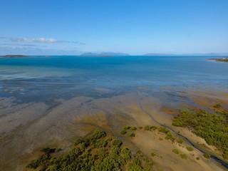 Luftbild mit Inselblick aufs Meer - Teil 3