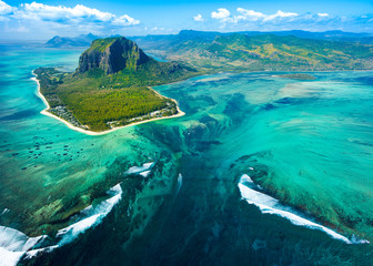 Fotobehang Luchtfoto Aerial view of Mauritius island reef