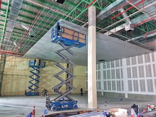 Scissor lifts for install ceiling work