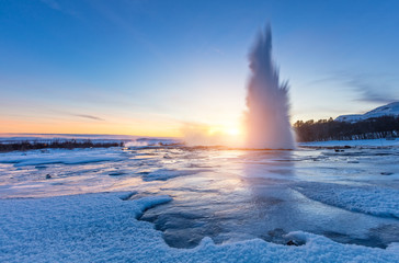 Foto auf Leinwand Insel Famous Geysir in Iceland in beautiful sunset light