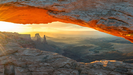 Mesa Arch at Sunrise, Canyonlands National Park, Utah.