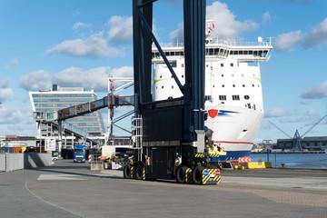 Die Stena Germanica in Kiel am Pier