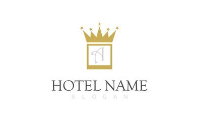 gold crown hotel logo