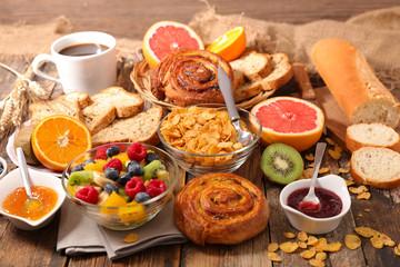 assorted full breakfast