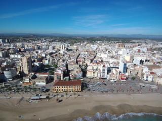 Vinaroz. Pueblo de costa de Castellon en la Comunidad Valenciana (España) situado en la comarca del Bajo Maestrazgo. Fotografia con Drone sobre playa