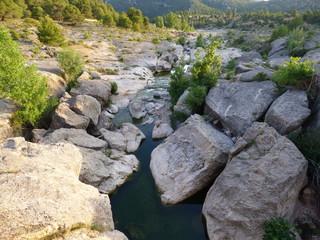 Rio Bergantes en Pozas de Aguaviva, localidad y municipio de la provincia de Teruel en la comunidad de Aragón, España