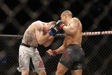 MMA: UFC 218 Alvarez vs Gaethje