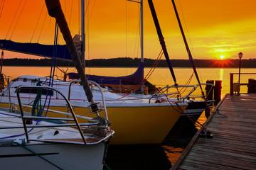 Fototapete - zachód słońca na Mazurach