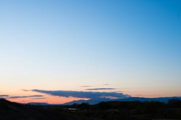 夕刻の山並み