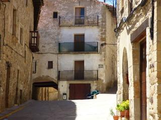 Puertomingalvo. Pueblo en Parque Cultural del Maestrazgo en la comarca de Gúdar-Javalambre, en la provincia de Teruel en Aragón, España