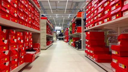 Negozio di scarpe nel centro commerciale