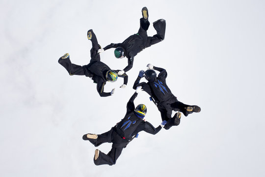 4 way formation skydiving