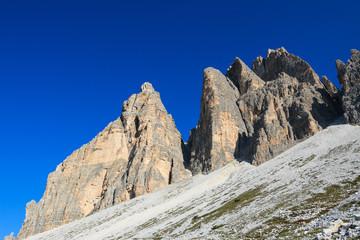 paesaggio alpino, nei pressi delle tre cime di Lavaredo - Dolomiti