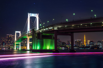 Wall Mural - Tokyo skyline with Rainbow bridge and Tokyo tower. Tokyo, Japan.