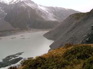Paisaje de montaña en Nueva Zelanda ( Oceania) Isla Sur