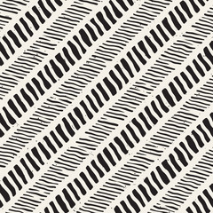 Seamless pattern with hand drawn brush strokes. Ink doodle grunge illustration. Geometric vector pattern.